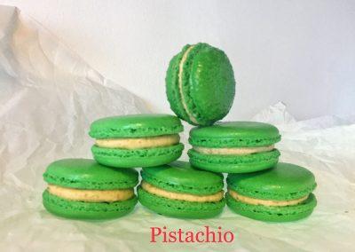 pistachio-macaroon-1000x750